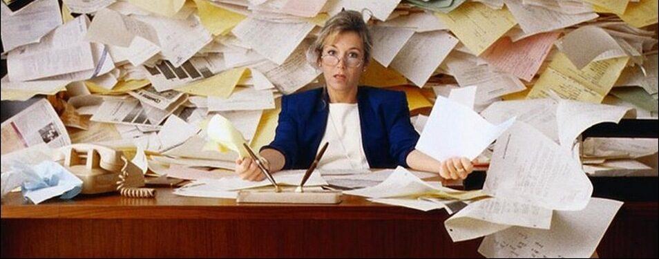 Минпросвещения сократило бумажную нагрузку на учителей...